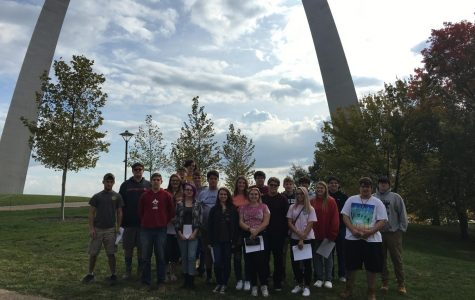 U.S. History Class Explores the St. Louis Arch