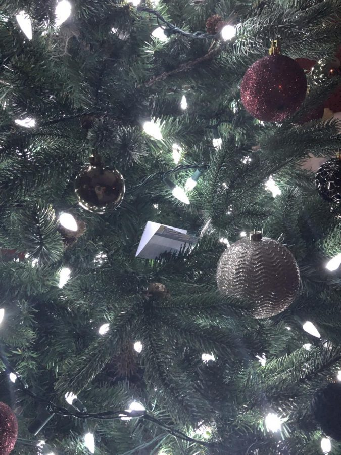 One+of+the+notes+hidden+in+the+tree+on+Christmas+morning%2C+before+Nalaney+and+I+have+our+scavenger+hunt.